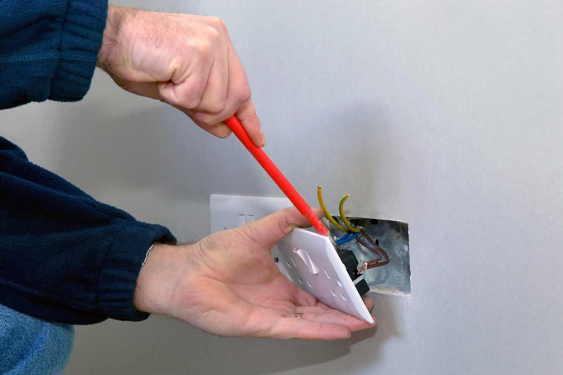 Our electricians can install plug sockets for domestic and commercial proeprties in Grays and the local area.